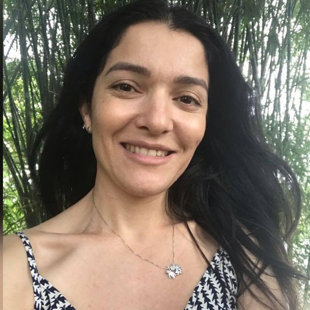 Kamila - Diretora Geral